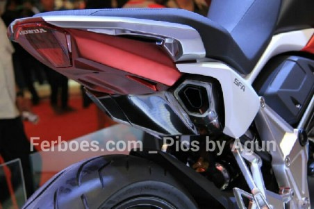 wpid-imos-2014-honda-sfa-concept-bike-04.jpg.jpeg