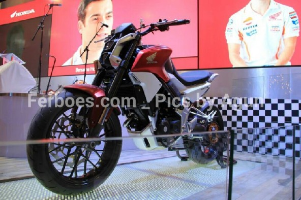 wpid-imos-2014-honda-sfa-concept-bike-12.jpg.jpeg