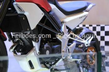 wpid-imos-2014-honda-sfa-concept-bike-14.jpg.jpeg