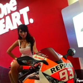 wpid-1414861392-one-heart-one-lady.jpg