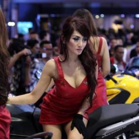 wpid-gadis-seksi-di-motorcycle-show-2014.jpg