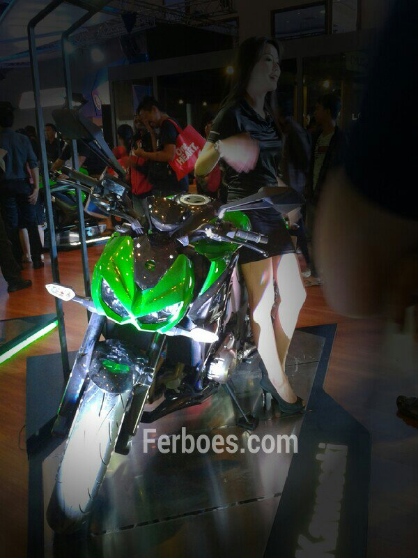 IMOS 2014: Kawasaki Punya Green Monster dan Black Angel di IMOS 2014