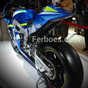 Suzuki gsx rr-08.jpeg
