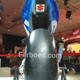 Suzuki gsx rr-02.jpeg