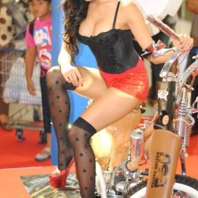 wpid-spg-honda-sexy-hot-10.jpg.jpeg