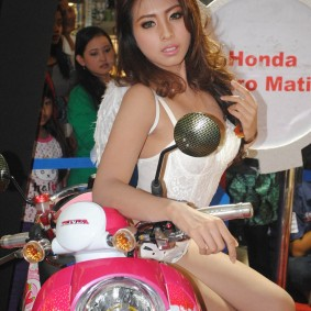 wpid-spg-honda-sexy-hot-17.jpg.jpeg