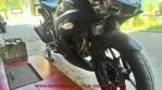 Yamaha r25 black predator.jpg