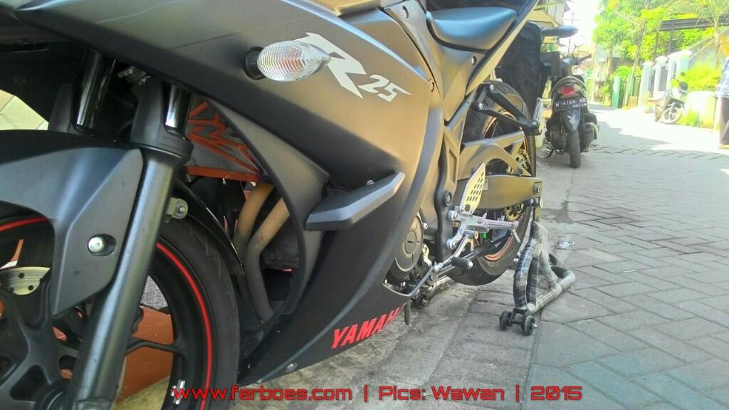 Yamaha R25 2014 Predator Black Ferboescom
