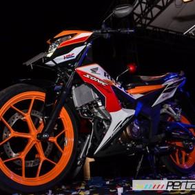 wpid-astra-honda-motor-perkenalkan-new-sonic-150r-repsol-speciaal-edition-dan-warna-baru-honda-scoopy-di-jogja-04-pertamax7-com.jpg