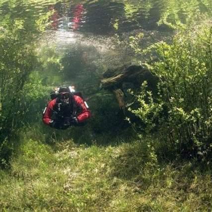 Pemandangan alam dibawah air_21.jpg