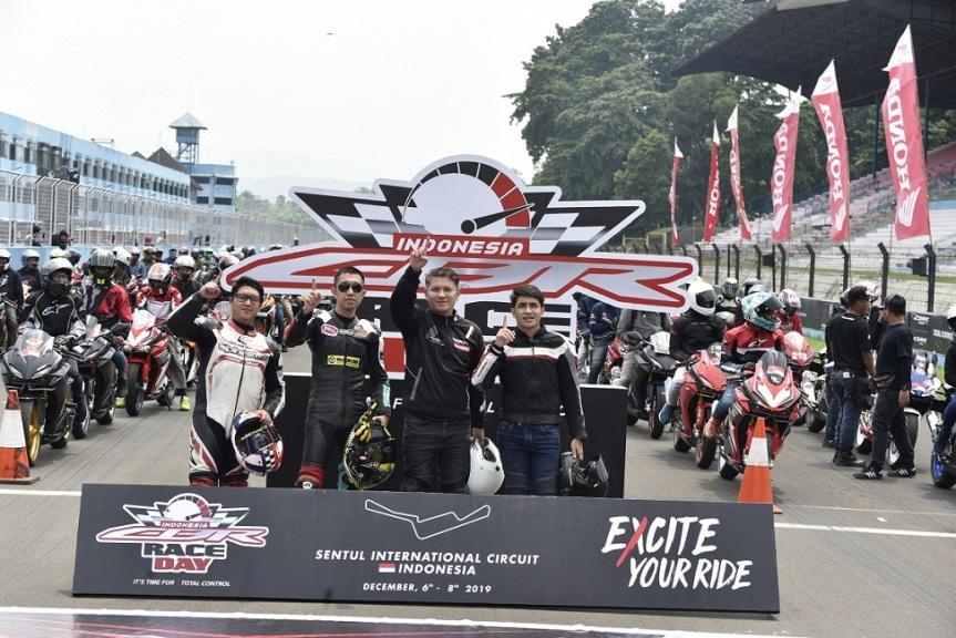 Pecinta Honda CBR Tutup Tahun DenganBalapan